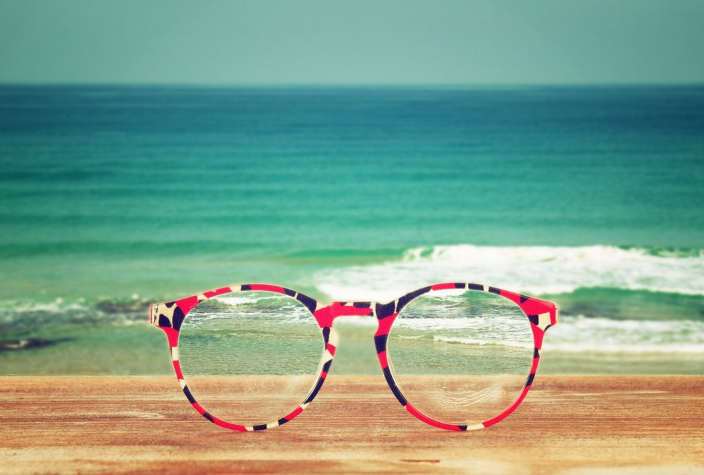 טיפול להסרת משקפיים בלייזר